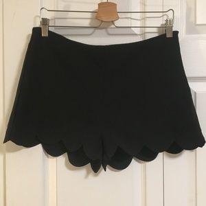 Monteau Scalloped Hem Side Zip Shorts Size XL